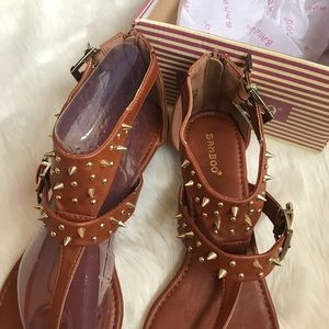 523af40a76cf BAMBOO Shoes - Bamboo Size 10 New in Box Cognac Spike Sandals